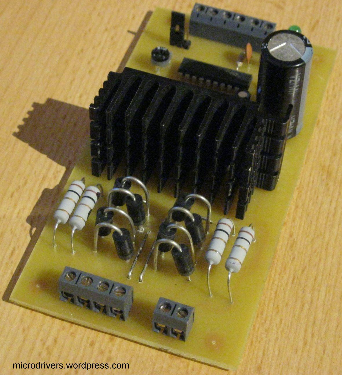 Stepper motor controller l297 l298n microdrivers for What is a stepper motor controller